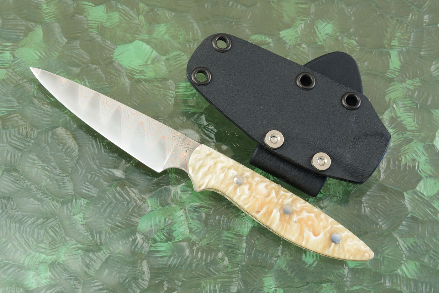 Forged Tactical EDC Utility with Yu-Shoku and Muskox Horn