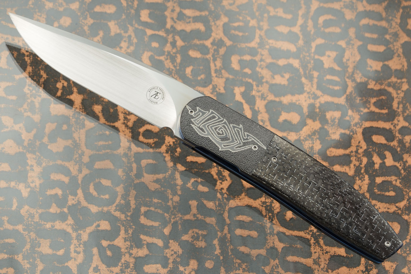 L28 Front Flipper with Silver Strike Carbon Fiber and Zirconium (Ceramic IKBS) - M390
