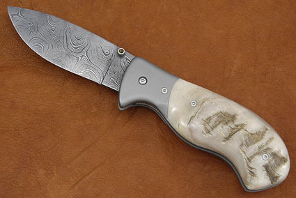 Damascus Sheephorn Folder