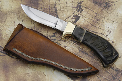 Black Pronghorn Hunter (4 in.)
