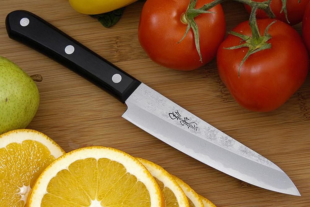Epicurean Edge: Japanese and European professional chefs ...