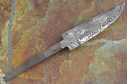 Multi-Bar Damascus Blade (3.8