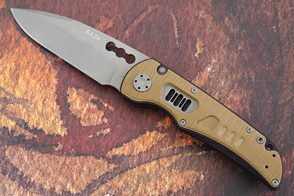 R.A.Z.R. with Coyote Brown G10