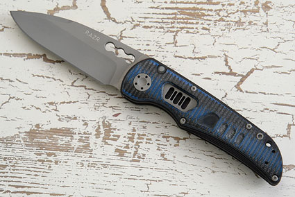 R.A.Z.R. with Black & Blue Grooved G10