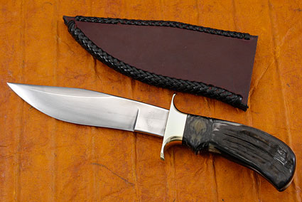 Black Pronghorn Fighter (7 in.)