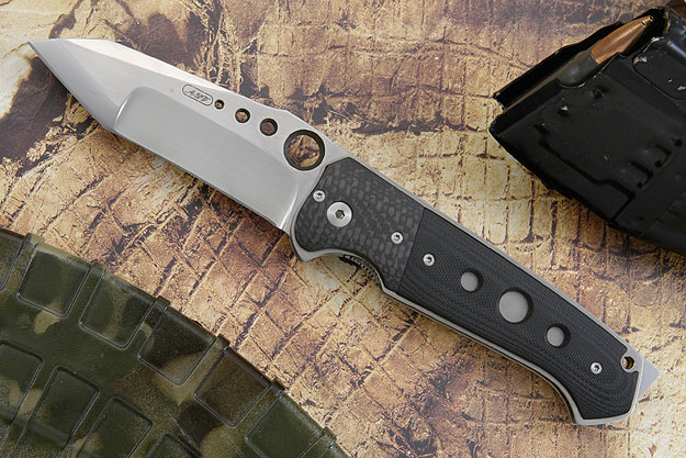 Modified Tanto with Carbon Fiber and G10