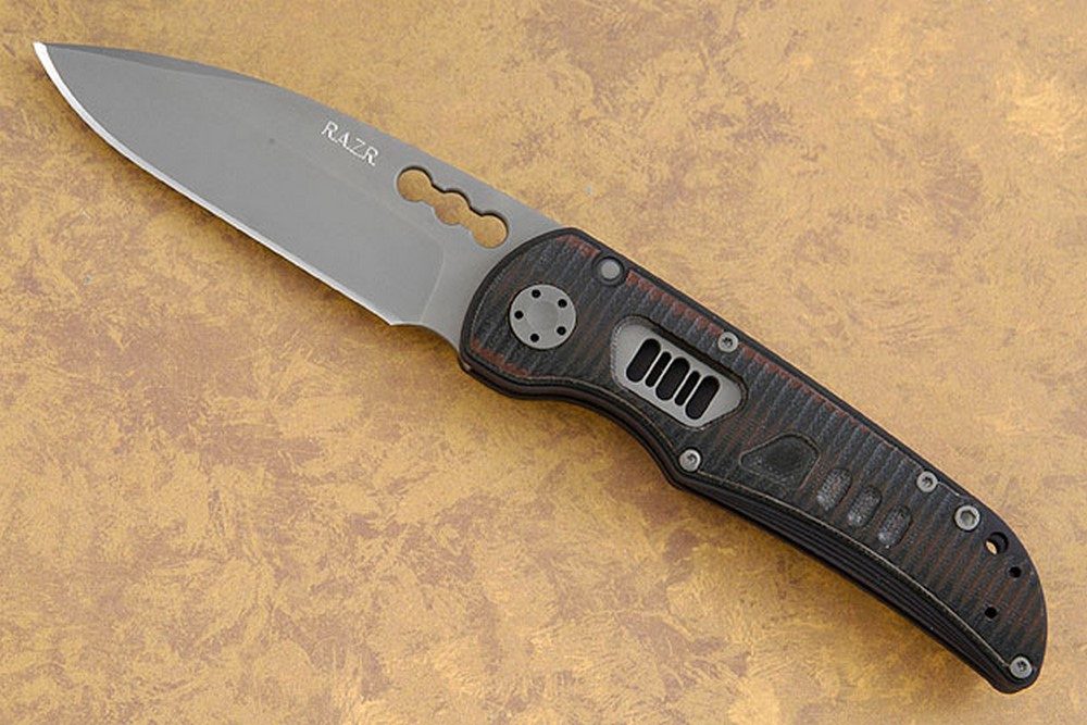 R.A.Z.R. with Black & Red Grooved G10