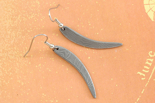 Chilli Damascus Earrings