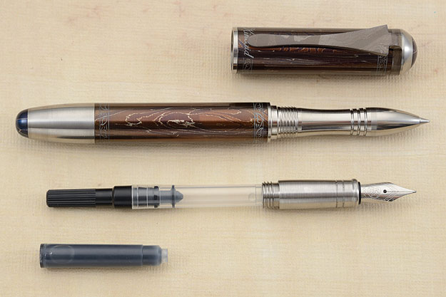 Damascus Pen with Interchangeable Rollerball and Fountain Tips