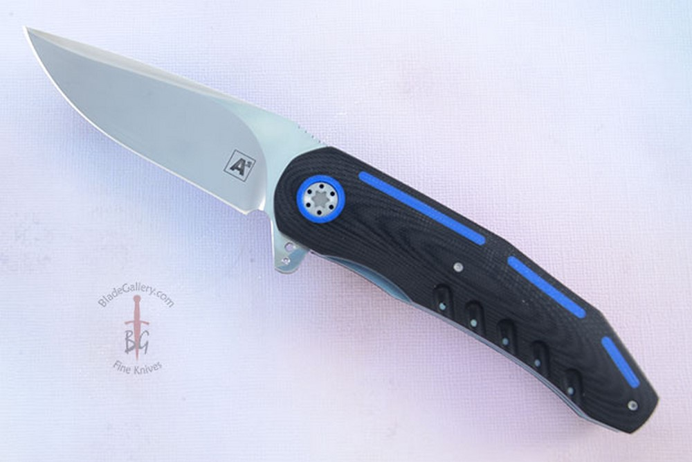A3 Flipper with Black and Blue G10 (IKBS with Ceramic Bearings)