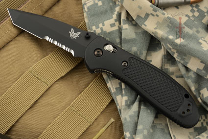 Pardue Griptilian Tanto, Black with Serrations (553SBK)