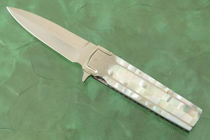 Folding Dagger Flipper with Whitelip Mother of Pearl
