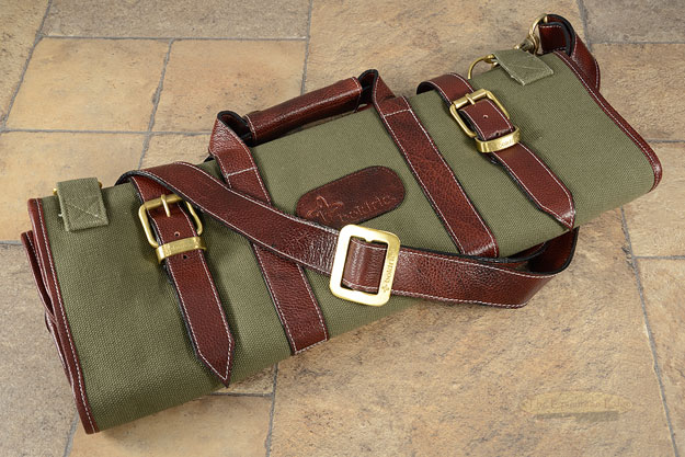 17 Slot Canvas Knife Bag with Leather Trim - Green (CK105)