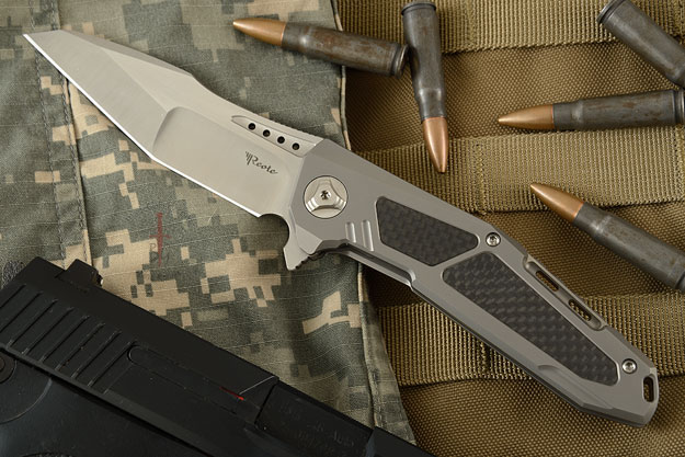 K-3 Flipper - Ti, Carbon Fiber, and Satin Finished CTS-204P Tanto