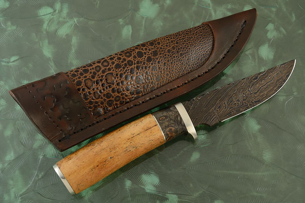Damascus Hunter with Oosic and Buckeye
