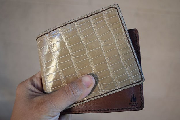 Bifold Wallet with Café Au Lait Alligator