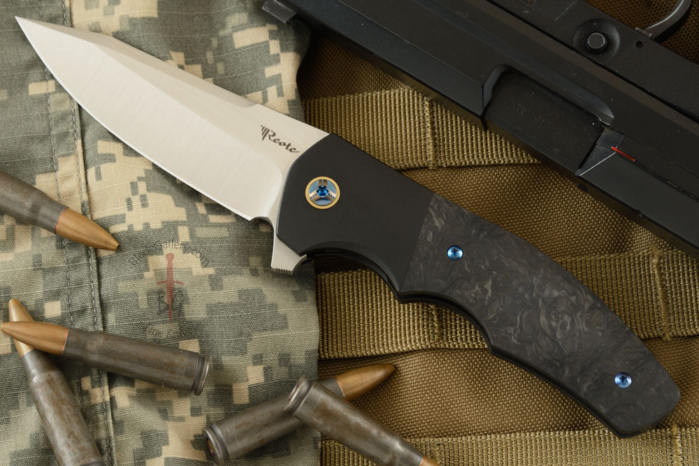 Crossroads Flipper with Marbled Carbon Fiber and Black PVD Titanium