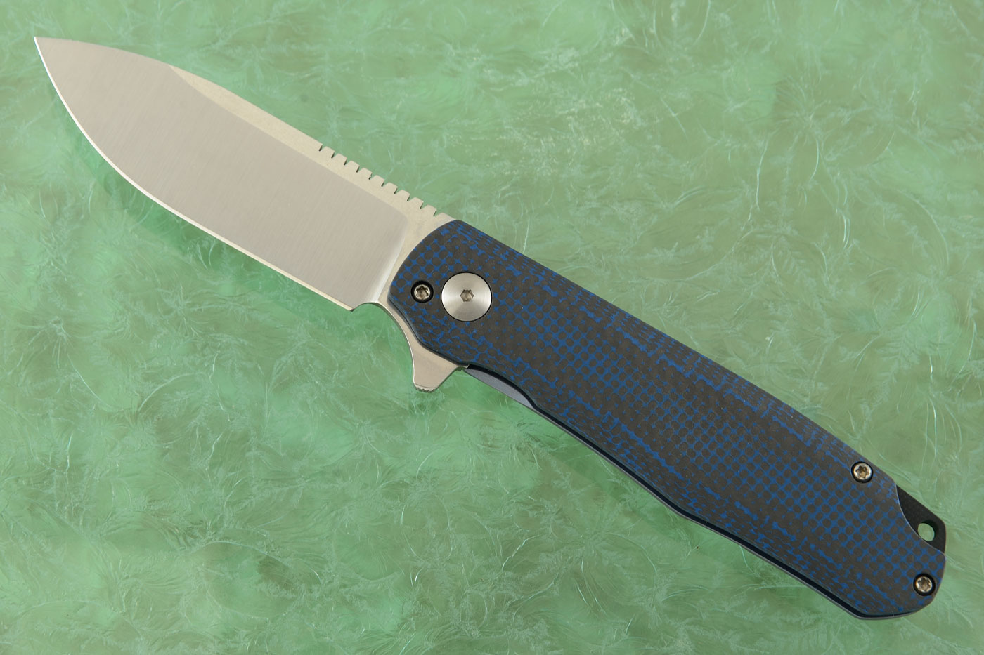 Flare Flipper with Black and Blue Carbon Fiber
