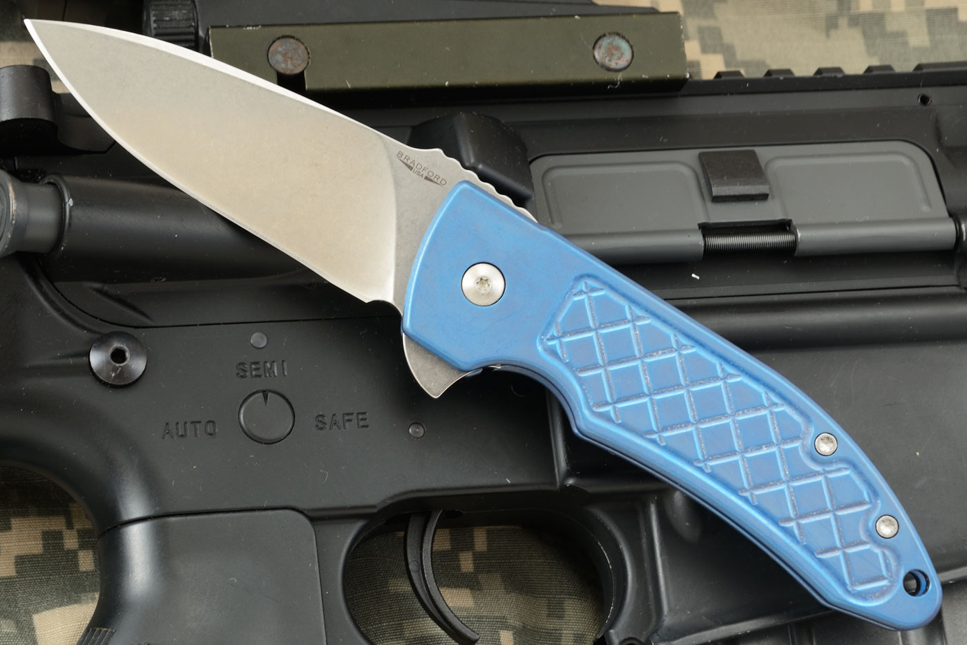 Guardian 3 Flipper with Blue Anodized Titanium